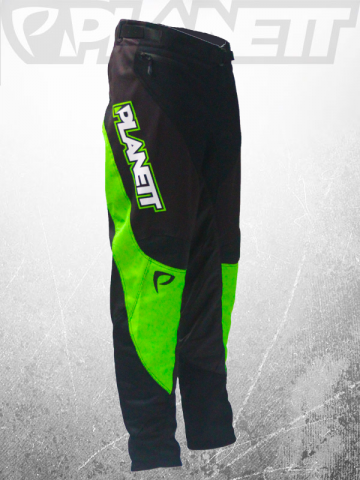 air8-green-pant-side